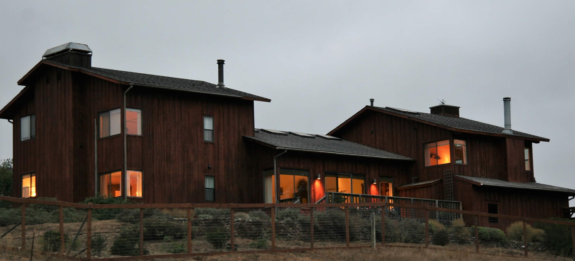 inn at roundstone farm evening time